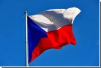 Посла Чехии в Швейцарии отозвали с поста из-за критических твитов жены