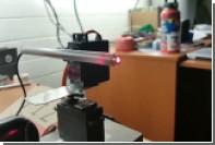 Студент научил робота попадать лазером по людям