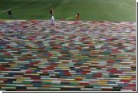 В Индии связали самый длинный шарф в мире