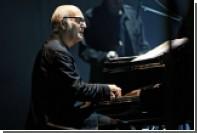 Сыгравший на льдине пианист и композитор Эйнауди выступит в Москве