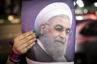 СМИ сообщили о лидерстве Роухани на выборах президента Ирана