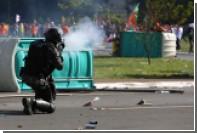Президент Бразилии привлек армию для подавления протестов