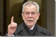 Президент Австрии призвал всех женщин покрыть голову ради борьбы с исламофобией