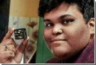 Индийский подросток собрал самый маленький спутник в мире