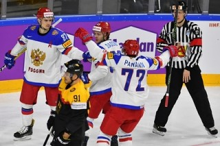 Россия победила Германию на чемпионате мира по хоккею