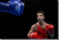 Призер ОИ российский боксер Алоян выиграл первый бой на профессиональном ринге