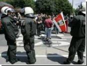 Тысячи жителей германского Гельзенкирхена вышли на демонстрацию протеста против экстремизма и ксенофобии