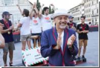 Кристиан Лубутен поддержал турнир по поло на велосипедах на Pitti Uomo