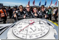 IWC Schaffhausen отметила юбилей Mercedes-AMG выпуском титановых часов