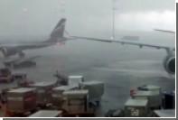 Мощный ливень затопил часть Шереметьево
