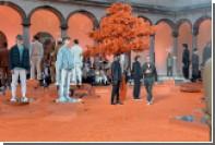 Внутренний дворик Миланского университета воплотили в мохере и коже