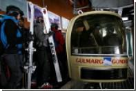 Семь человек погибли при падении кабины канатной дороги в Гималаях