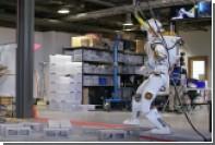 НАСА показало марсианского робота в действии