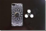 Для iPhone создан чехол со встроенным спиннером
