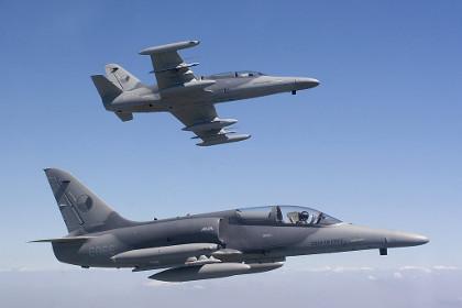 Американцы купили лишние чешские учебно-боевые самолеты
