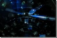 Физики сжали алмаз в три раза