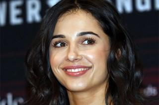 В сети возмутились выбору индианки на роль Жасмин в «Аладдине» Гая Ричи