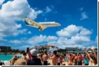 Самолет насмерть сдул новозеландскую туристку на карибском острове