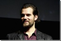 Играющему Супермена актеру запретили сбривать усы