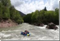 Гид умер во время сплава с семью туристами по реке на Камчатке