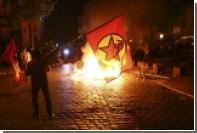 В результате столкновений в Гамбурге пострадали 76 полицейских
