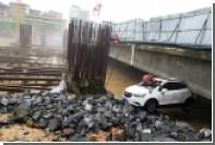 Из-за наводнения в Китае погибли восемь человек