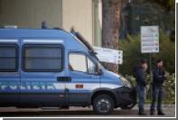 Двух братьев-грабителей в масках Трампа задержали в Италии