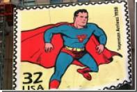Одетый как Супермен мужчина упал с балкона многоэтажного дома в США