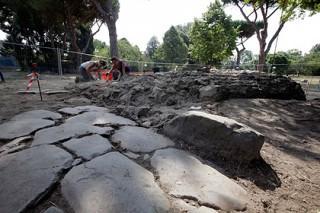 В Китае обнаружили останки древних людей-великанов