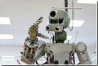 Робот Федор научился садиться на шпагат