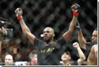 Джонс победил Кормье и стал чемпионом UFC в полутяжелом весе