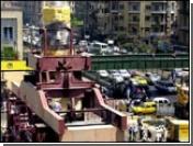 Древняя статуя Рамзеса II покидает шумный Каир