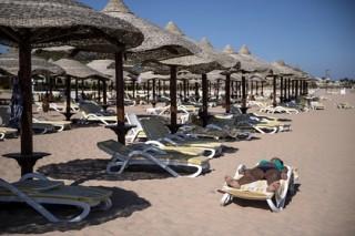Итальянский турист на глазах у дочерей до смерти избил менеджера отеля в Египте