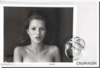 Calvin Klein раздел Кейт Мосс для рекламы парфюмерии