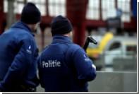 В центре Брюсселя мужчина с ножом напал на военный патруль