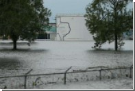 На затопленном химзаводе в Техасе взорвались реактивы
