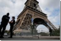 Мужчина с ножом попытался прорваться на Эйфелеву башню