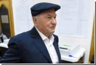 Лужков решил заработать на витаминах для укрепления кровеносных сосудов