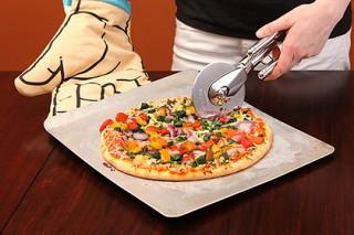 Пицца лучше денег и похвалы заставила людей работать