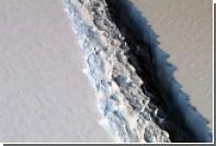 Катастрофу с гигантским айсбергом показали на видео
