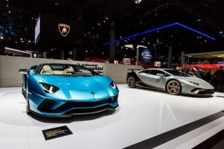 Lamborghini Aventador обзавелся прозрачными вставками в капоте