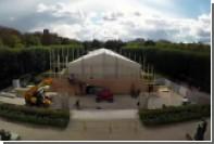 Dior показал создание зеркальной пещеры на видео