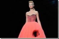 Viktor & Rolf воскресил дырявое платье семилетней давности