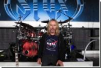 Гитарист Styx сыграл для станции Cassini прощальную песню