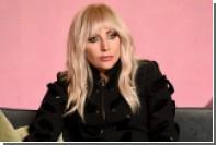 Леди Гага попала в больницу с острой болью в бедре