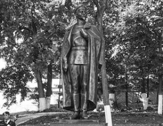 Директор Музея ГУЛАГа осудил открытие памятника Дзержинскому в Кирове
