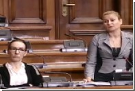 Спикера сербского парламента довела до слез депутат от оппозиции