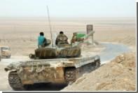 Сирийский Т-72 уничтожил захваченный исламистами Т-90