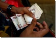 Индиец продал 11-месячного сына незнакомцу ради выпивки