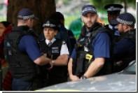 Отказавшегося разблокировать свой мобильный лондонца осудили за терроризм
